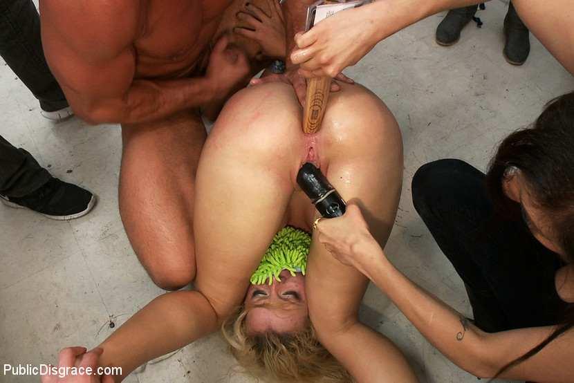 порно видео жесть публичный секс