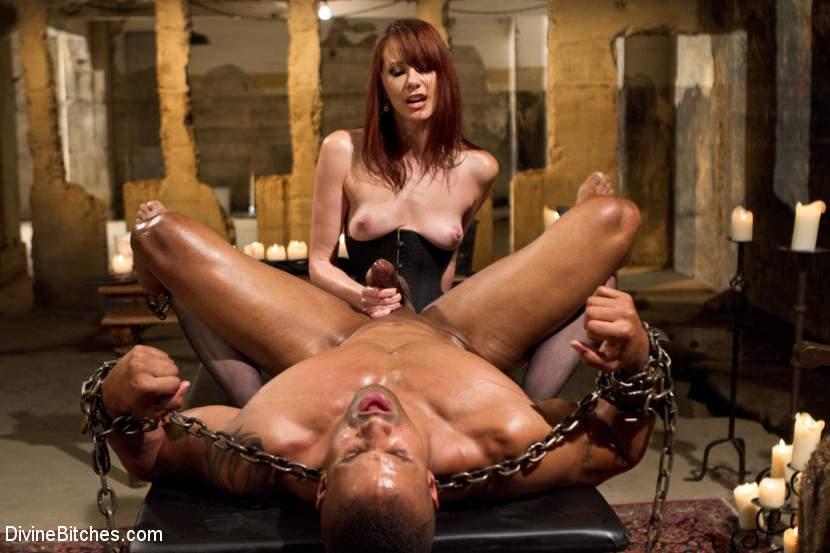 Angelina Jolie Nude Pussy Pics