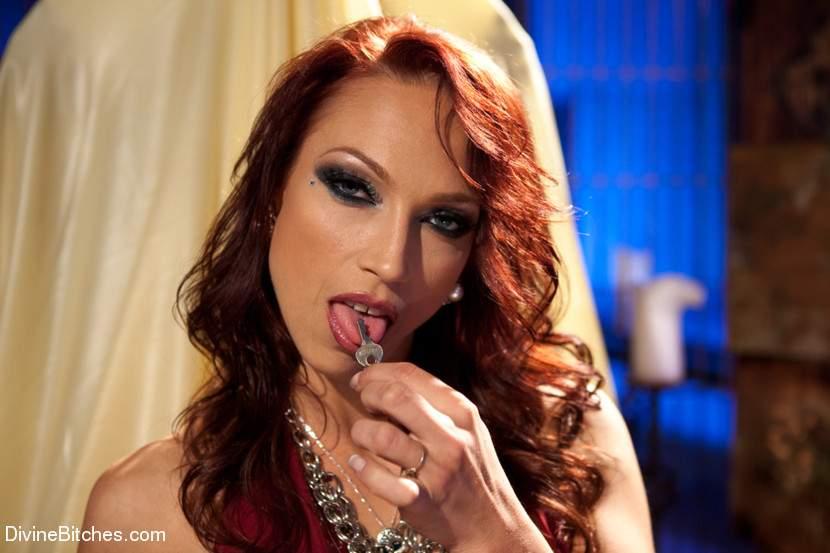 Nicki Hunter picture 2