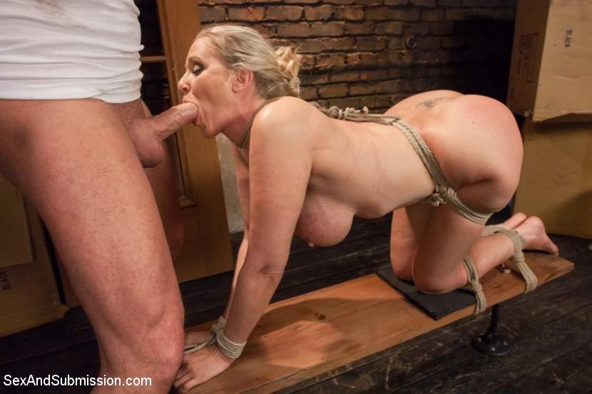 Submissive mature mom sex