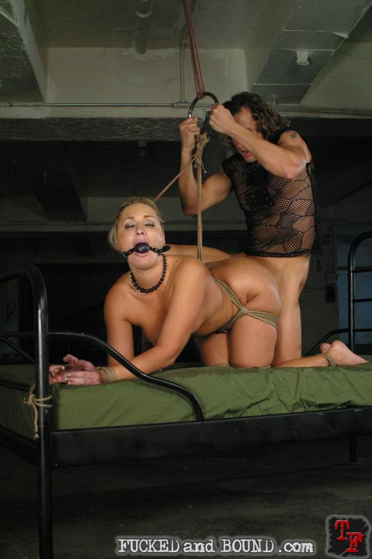 Порно фото крупно сквирт