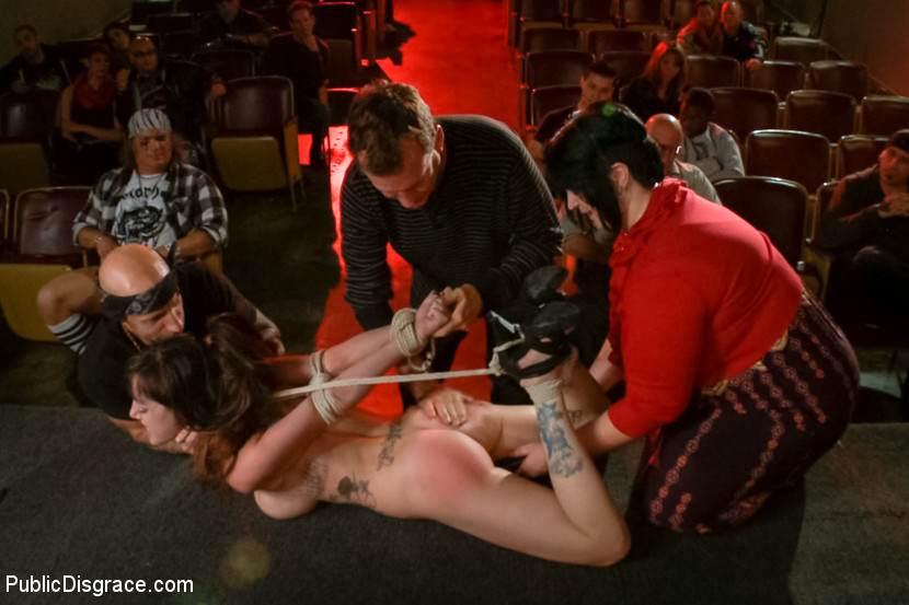 eroticheskiy-teatr-spektakli-video