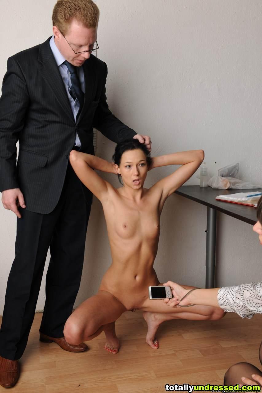 sobesedovanie-na-rabotu-porno-video