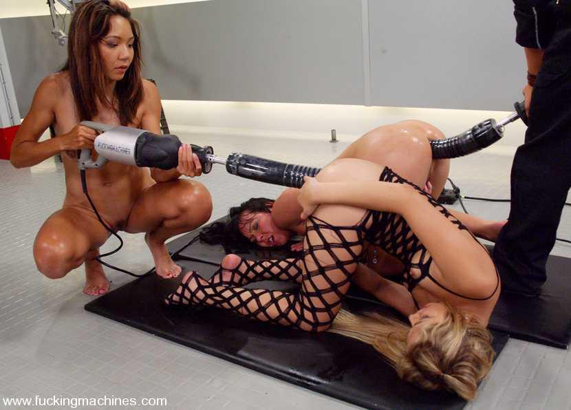 страпонесса познакомиться смотреть жесткое порево с секс машинами уверены