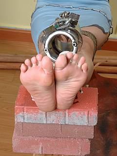 go bdsm footjob