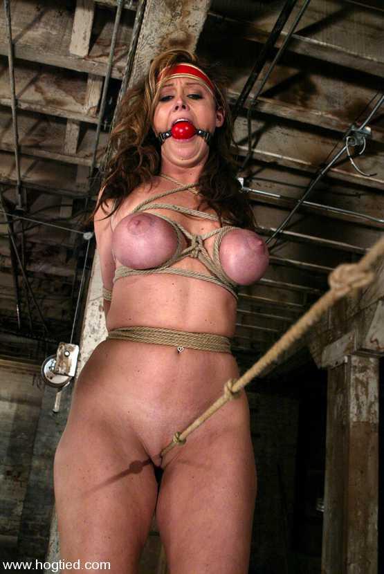 Girl nurse sucking dick