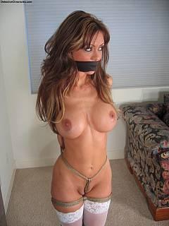 Free amateur sex pics of susan gregus