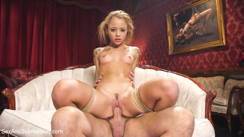 Holly Hendrix picture 5