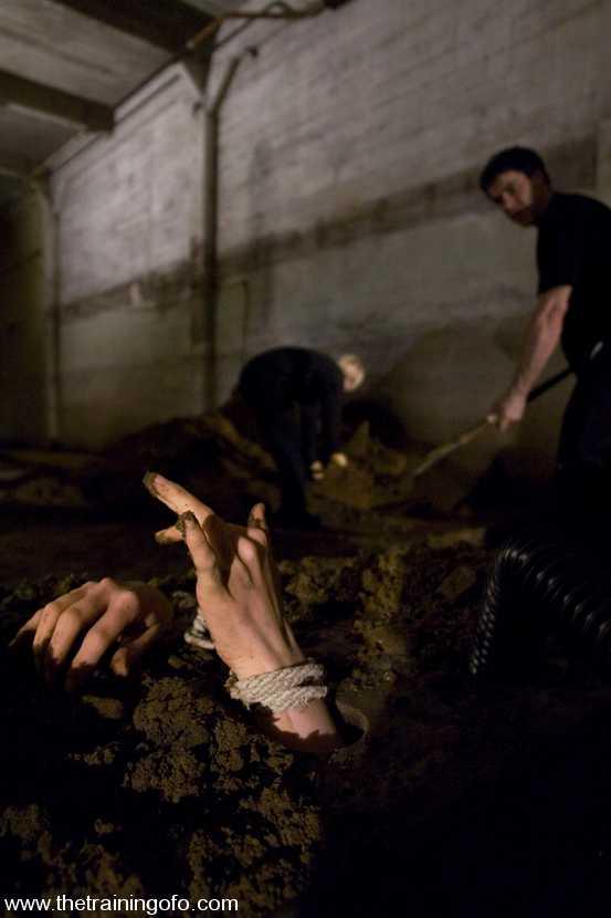 Shiet!!! her bdsm buried alive blow job!