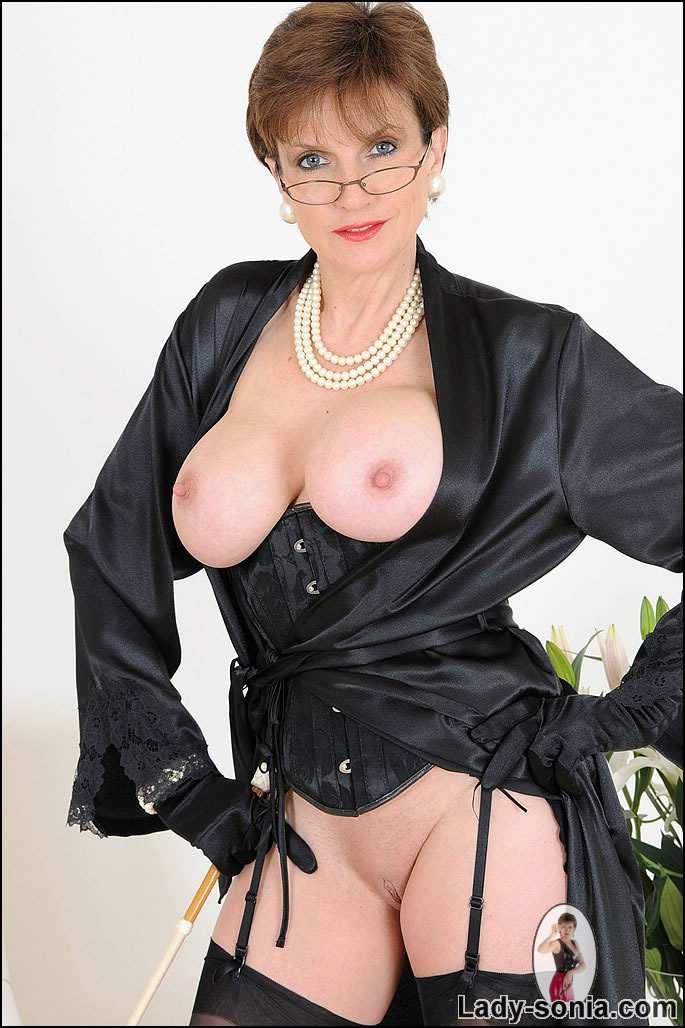 photo lady sonia