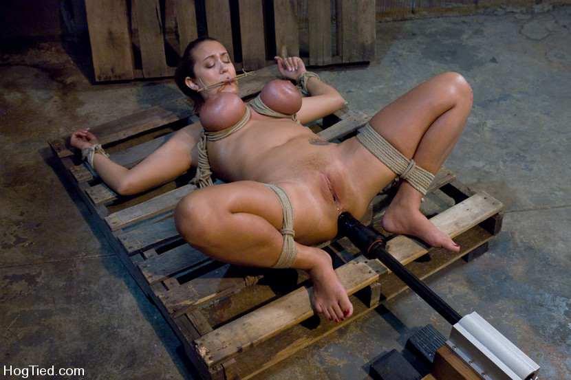 Hot naked romantic mom