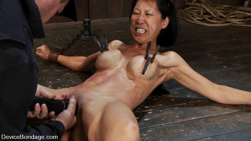 порно бдсм с азиатками фото