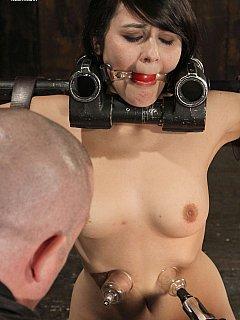 restraints body Nude girls