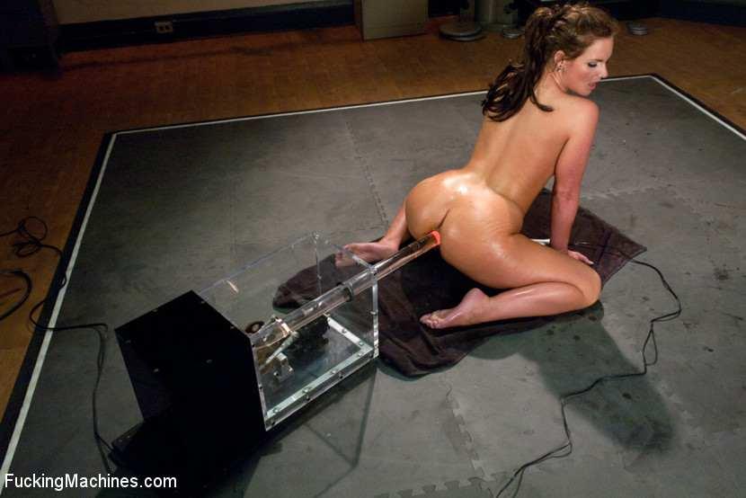 roboti-prostitutki-video