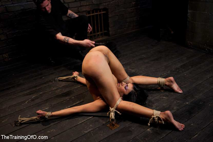 lusty hooker takes a hard pounding
